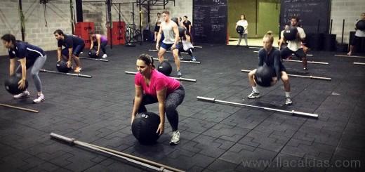 CrossFit - Medicine Ball High Pull