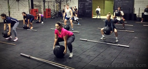 CrossFit - Medicine Ball High Pull