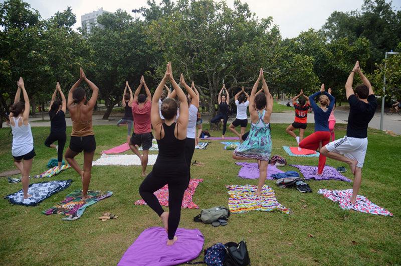 Aula de Yoga para o Projeto Teto